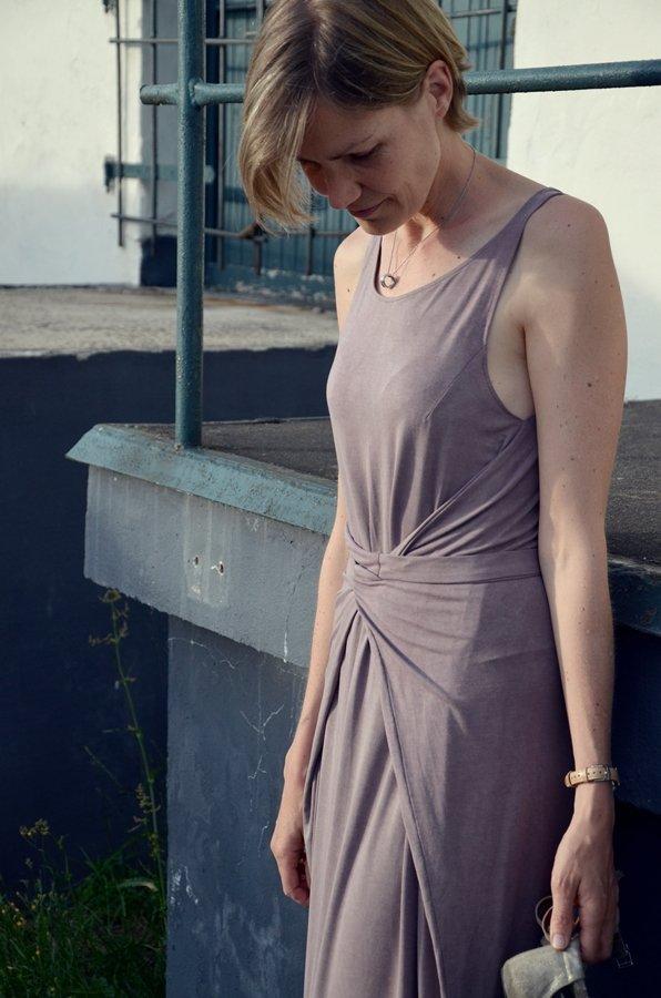 Kielo Wrap Dress vorne gewickelt